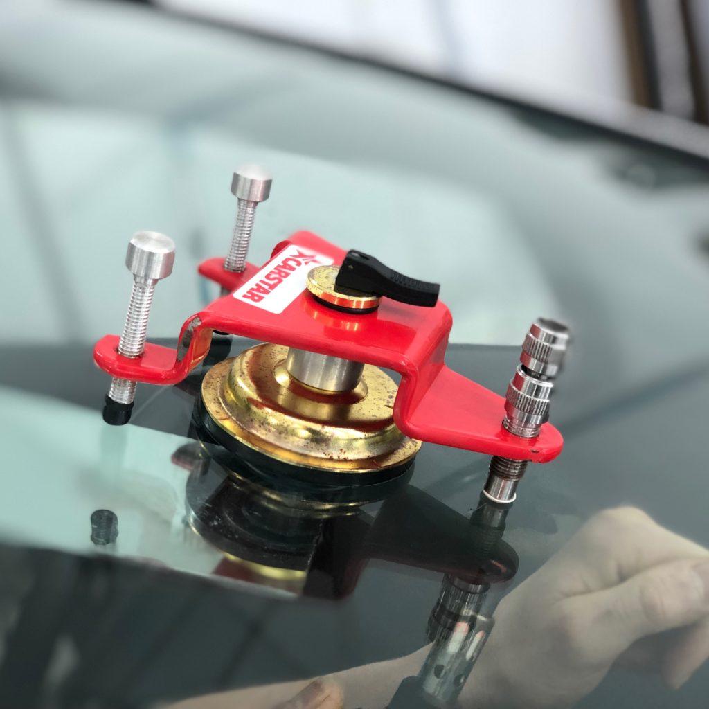 Оборудование для ремонта лобового стекла