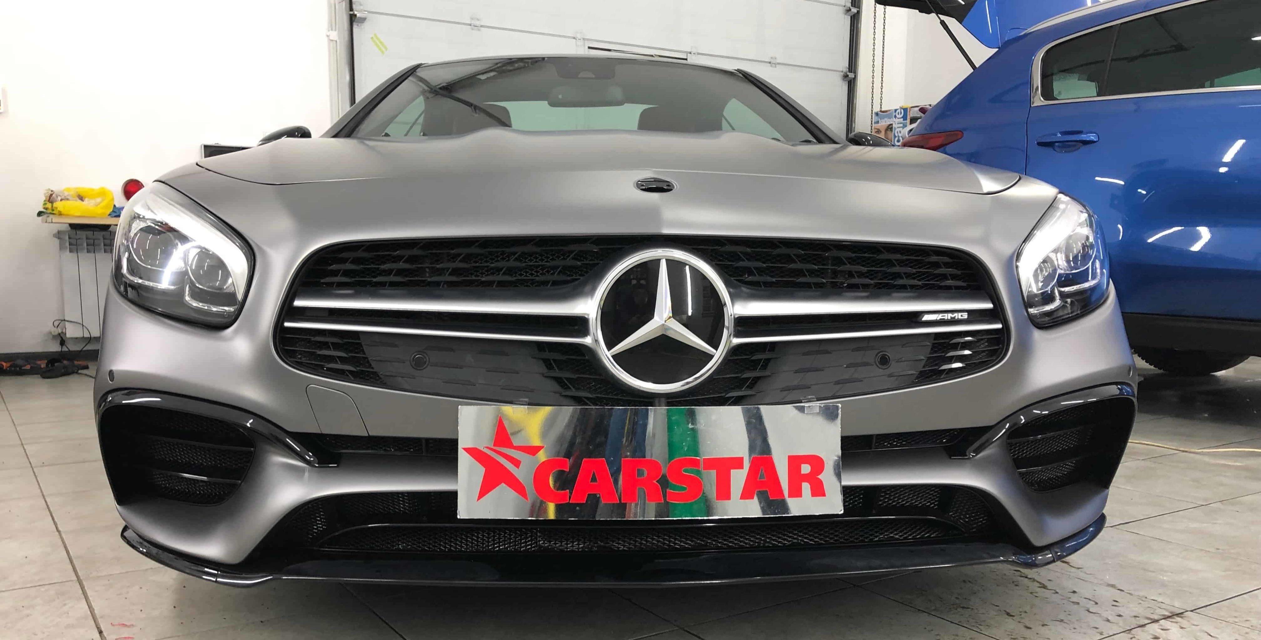 Оклейка автомобиля Mercedes Sl в серую матовую пленку